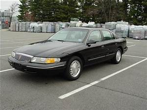 1997 Lincoln Continental - Information And Photos