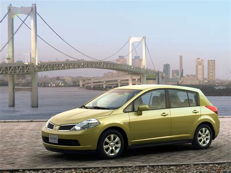 Nissan Tiida Hatchback CN-spec (C11) 2005–08 wallpapers ...