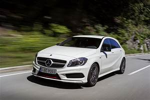 Mercedes Benz Classe A Amg : mercedes benz blog the new mercedes benz a class hits showrooms comprehensive accessory range ~ Medecine-chirurgie-esthetiques.com Avis de Voitures