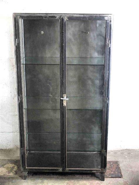 möbel spenden berlin vitrine industrial bestseller shop f 252 r m 246 bel und einrichtungen