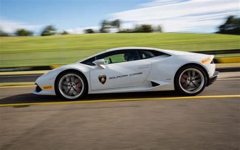 Review Lamborghini Huracan by 2015 Lamborghini Huracan Lp 610 4 Review Australian Track
