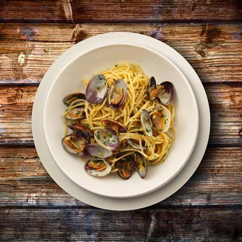 recette pate fruit de mer vin blanc recette spaghettis aux fruits de mer et au vin blanc