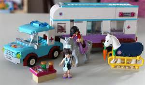 Horse Trailer LEGO Friends Vet