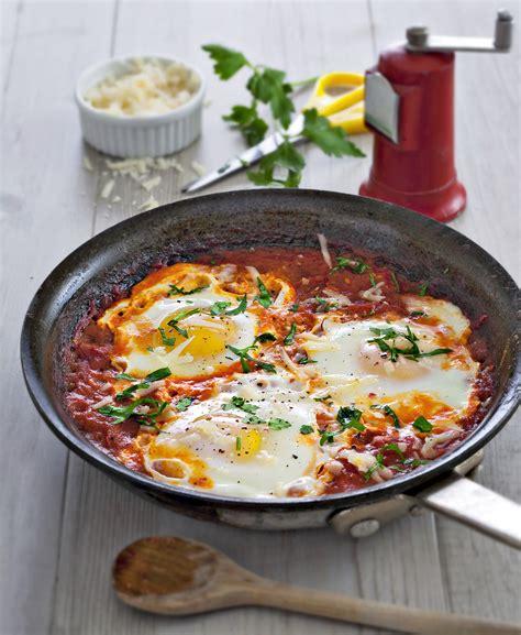 recettes de cuisine corse œufs frits à la sauce tomate régal