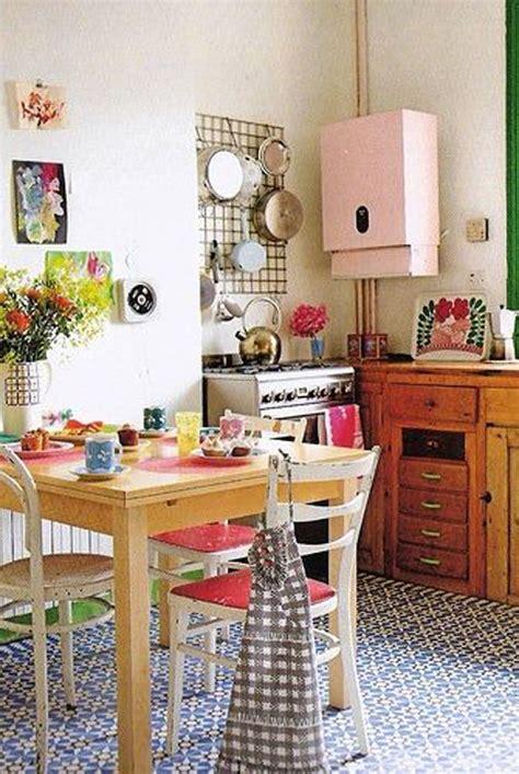 retro kitchen decor ideas 25 inspiring retro kitchen designs house design and decor