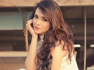 Humaima Malik in Raja Natwarlal Images - New HD Wallpapers