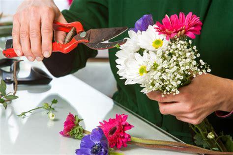 simplicity  flower arranging home wizards