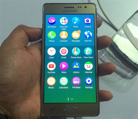 samsung z3 with tizen os 5 inch hd display launched for rs 8490