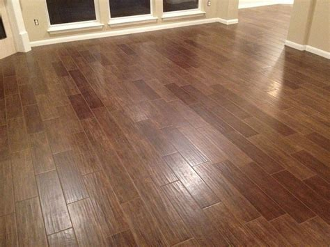 vinyl flooring that looks like wood cool vinyl plank