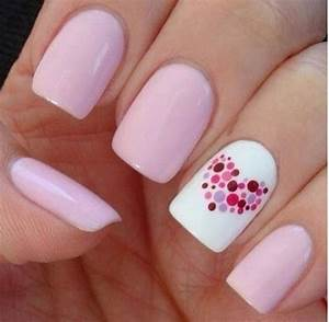 Nail art on designs pink