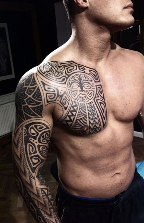 tattoo trends tatouage torse maori homme tatouage