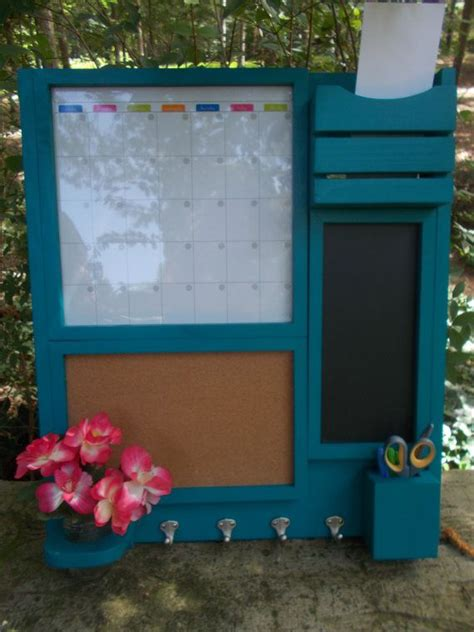 kitchen memo board organizer 1000 ideas about family message center on 5403