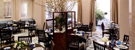nycs lowell hotel opens  restaurant majorelle hotel
