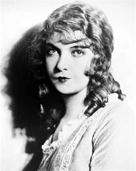 Lillian Gish (1893-1993) Photograph by Granger