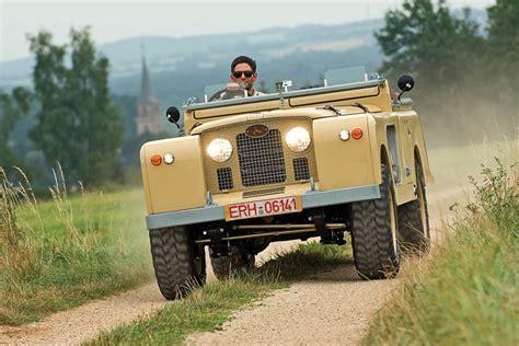 pin  kris hoet   road land rover series defender
