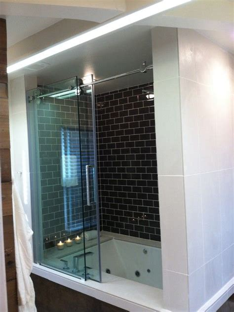 Jet Shower Tub by Sized Jet Tub Shower Combo Houses Tub