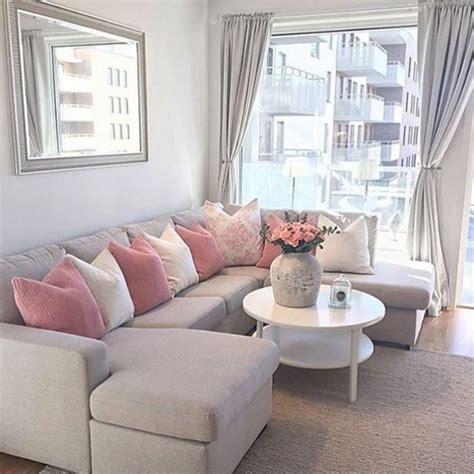 pillows for living room sofa 5701 cozy sofa pillow ideas for awesome living room decoredo