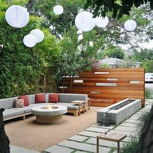 Moderne gartengestaltung 110 inspirierende ideen in bildern for Feuerstelle garten mit paravent sichtschutz balkon