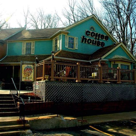 Find your favorite food and enjoy your meal. Ashbary Coffee House, Willow Springs, IL - Booking Information & Music Venue Reviews