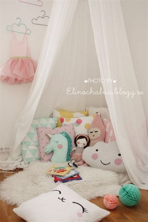 sweet reading nook ideas  girls diy home decor