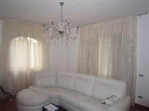 Tende moderne per interni soggiorno il meglio del design