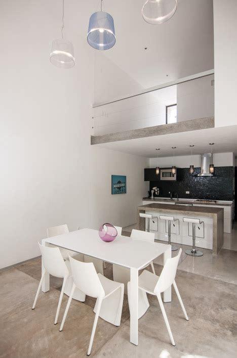 diseno de casa minimalista de dos pisos planos  fachadas