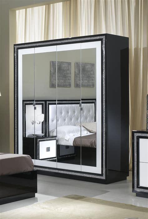 chambre à coucher blanc et noir chambre avec salle de bain et dressing
