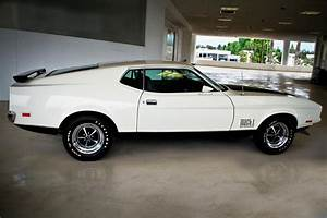 1971 FORD MUSTANG MACH 1 My all time favorite muscle car. . . | 1971 ford mustang, Ford mustang ...