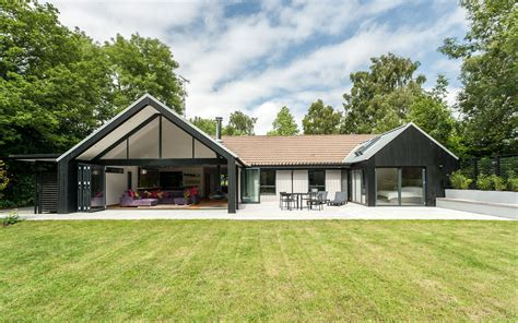 home designs uk pictures the spinney house surrey designcubed