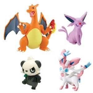Pokemon Charizard Toys