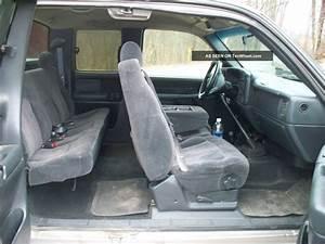 2000 Chevy 2500hd 4x4  6  0 V8  5 Speed Manual  3 Door