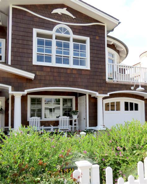 exterior house decor mixing nautical coastal pastels in a california home