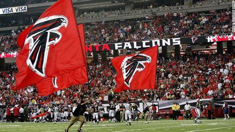 atlanta falcons  stadium  offer  hot dogs