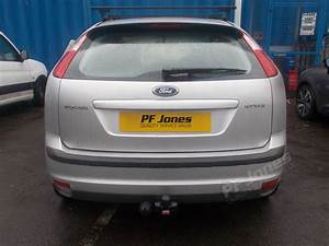 Ford Focus Hatchback Tow Bar Fitting F99c