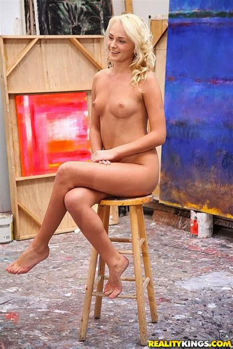 Sweet Blonde Is Posing Completely Naked Photos Ivana