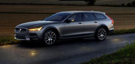 2017 Volvo V90 Cross Country by 2017 Volvo V90 Cross Country Revealed High