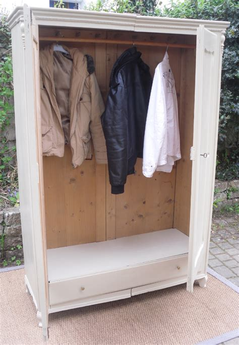 armoire penderie homeandgarden 28 images armoire