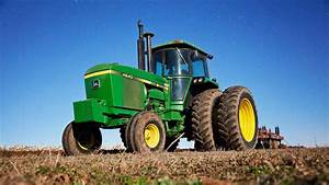 John Deere 4640 Unleashed - Chisel Plowing Sod