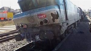 Ligne 4   Un Train D U00e9raille Apr U00e8s Son Passage Dans L U0026 39 Aube