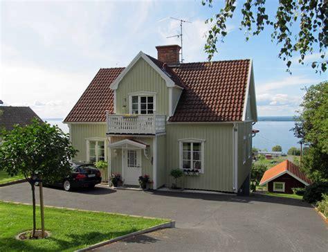 exterior paint colors with tile roof paint color ideas
