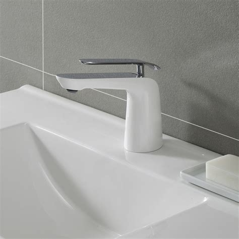 kraus fus1821chwh single handle cast spout bathroom faucet