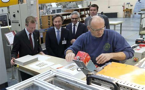 bureau de fabrication imprimerie vidéo le grand duc du luxembourg et stéphane bern à l