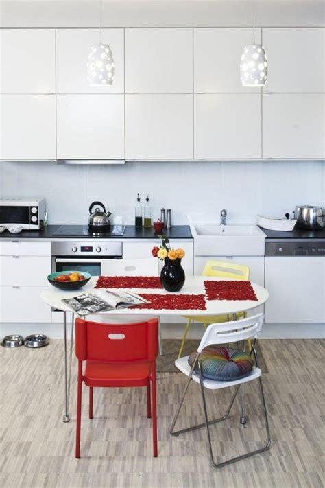 quelle couleur de credence pour cuisine blanche armoires de cuisine blanches avec quels murs et crédence
