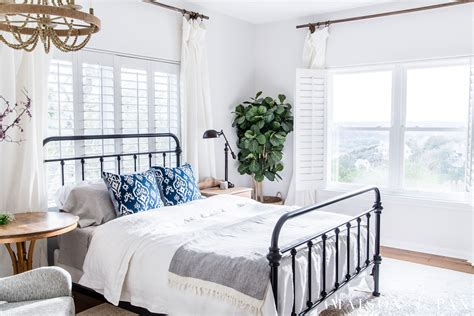 Simple Master Bedroom Decorating Ideas For Spring-maison