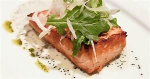 Salat Mit Geräuchertem Lachs : gebratener lachs mit salat rezept eat smarter ~ Orissabook.com Haus und Dekorationen
