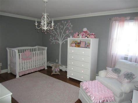 idee deco chambre bebe fille et gris