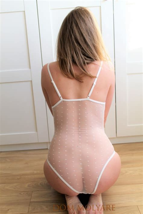Dom Molyare Nude Youtuber Lingerie Try On Haul Sexy