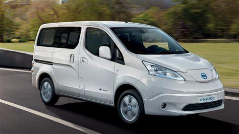 nissan nv200 benzin nissan e nv200 evalia 7 sitzer elektroauto familienauto nissan