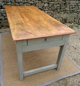 Table Bois Rectangulaire : belle grande table rectangulaire pour votre penty breton ~ Teatrodelosmanantiales.com Idées de Décoration