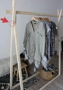 Portant Vetement Bois : 57 best portant vetement images on pinterest home ideas clothes racks and clothing racks ~ Teatrodelosmanantiales.com Idées de Décoration